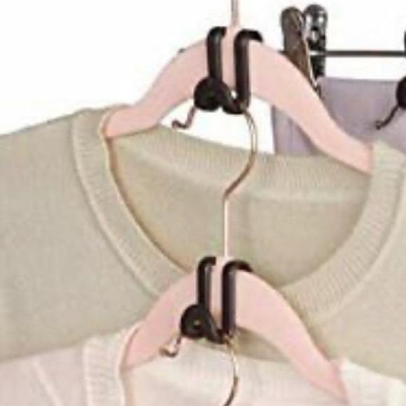 New Joy Mangano Cascading Hooks 12 pcs